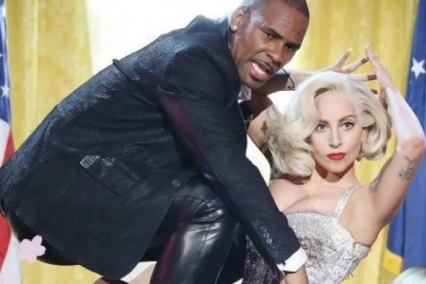Luego de las denuncias de abuso contra R. Kelly, Lady Gaga lamenta haber grabado con él y quiere eliminar la canción 'Do what u want with my body'