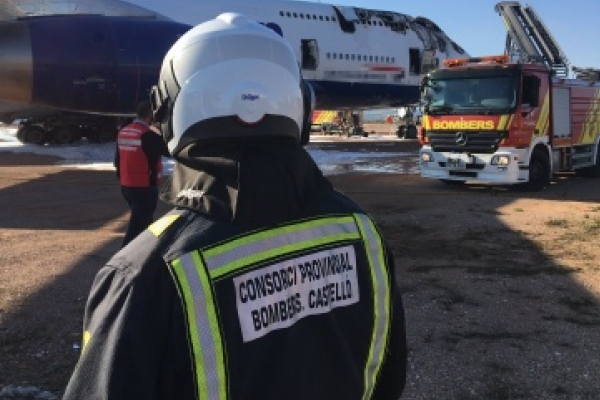 Un Boeing 747 de British Airways se incendia en pleno aeropuerto en España